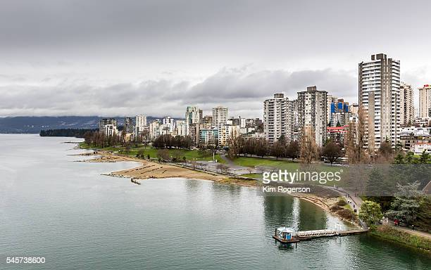 wast end apartments.jpg - english bay stock photos and pictures