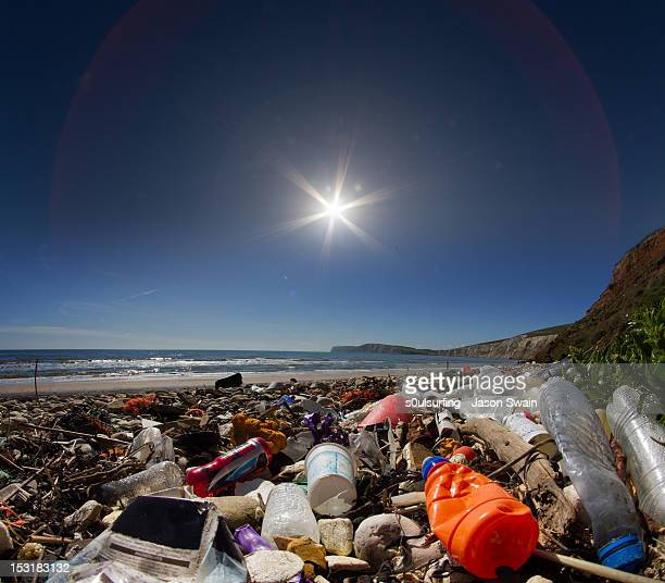 waste on beach - s0ulsurfing stock pictures, royalty-free photos & images