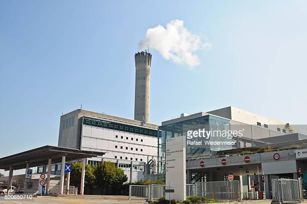 residuos de la planta de energía - incinerator fotografías e imágenes de stock