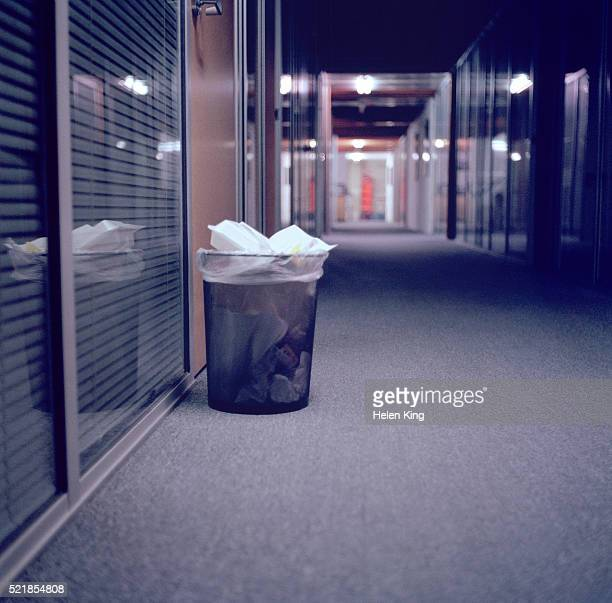 Wastepaper basket in the hall