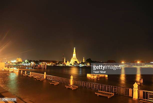 wat arun at night - yasir nisar stock photos and pictures