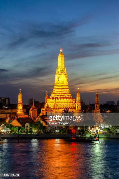 Wat Arun Buddhist religious places in twilight time