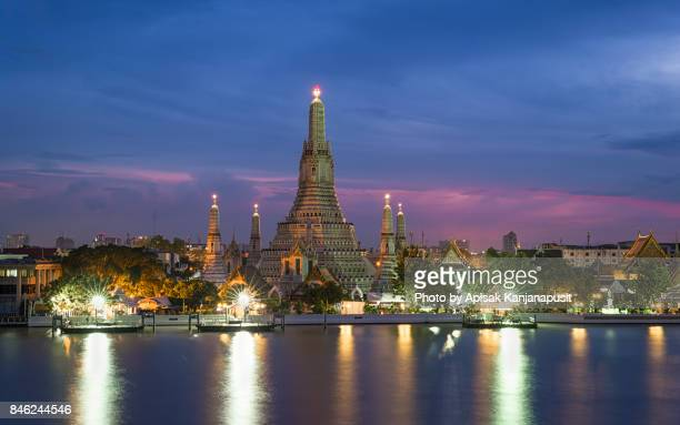 Wat Arun Ratchawararam Ratchawaramahawihan (Temple of Dawn) Main pagoda after renovation in 2017