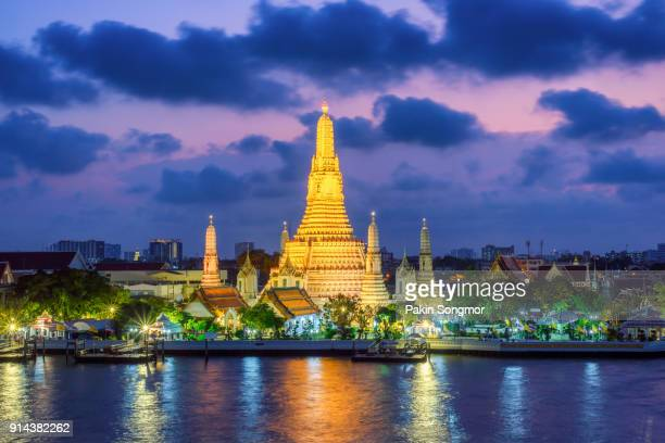 Wat Arun temple and Chao Phraya River