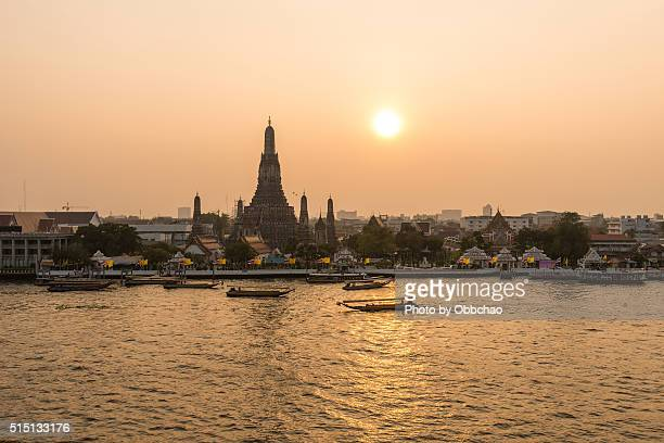 Wat Arun Temple at sunset in bangkok Thailand