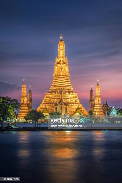 Wat Arun, The famous Thai temple at sunset, Bangkok, Thailand