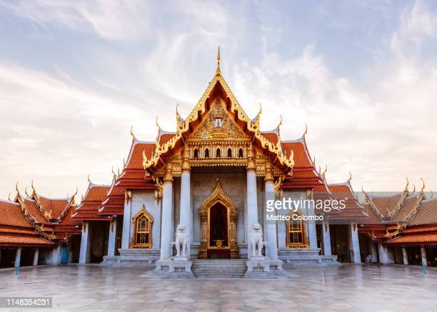 wat benchamabophit (marble temple), bangkok, thailand - pagode stock-fotos und bilder