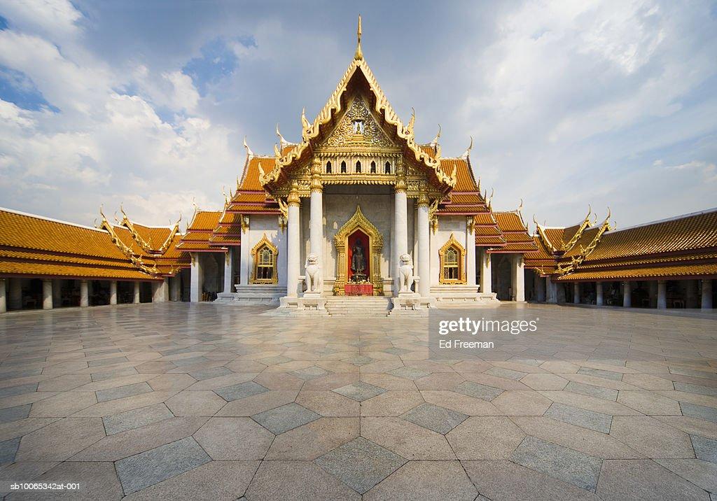 Wat Benchamabophit temple : Foto stock