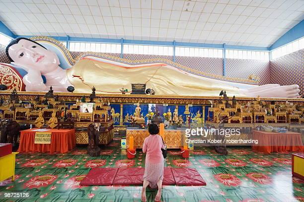 Wat Chayamangalaram, Temple of the Reclining Buddha, Georgetown, Penang, Malaysia, Southeast Asia, Asia