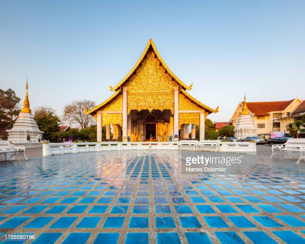 wat chedi luang, chiang mai, thailand - pagoda stock pictures, royalty-free photos & images
