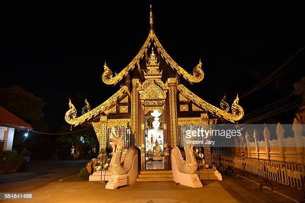wat inthakhin sadue muang chiang mai - reyes magos de oriente fotografías e imágenes de stock