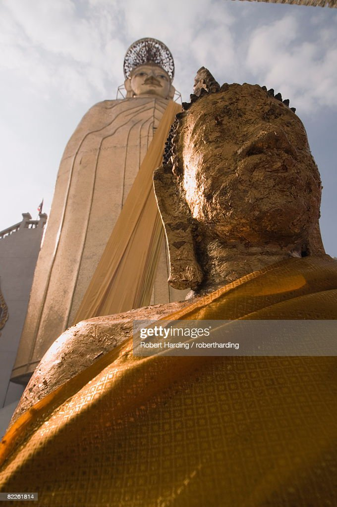 Wat Intharawihan, Bangkok, Thailand, Southeast Asia, Asia : Stock Photo