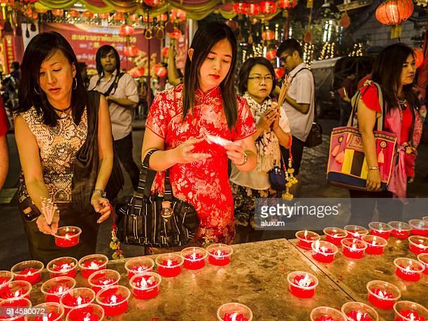 wat mangkon kamalawat chinatown bangkok thailand - wat stock pictures, royalty-free photos & images