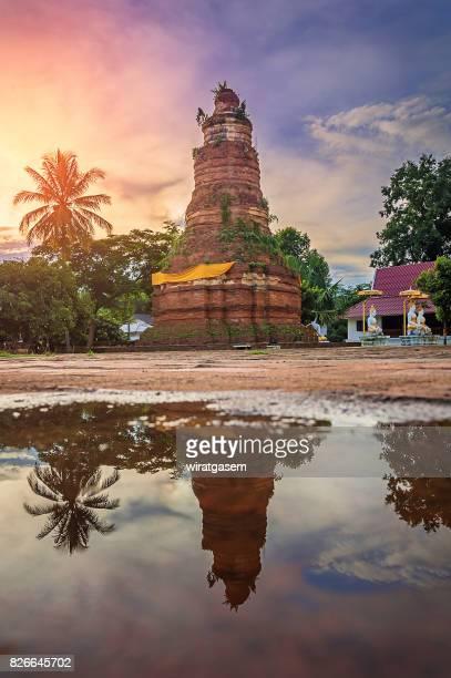 Wat Phaya Lo temple