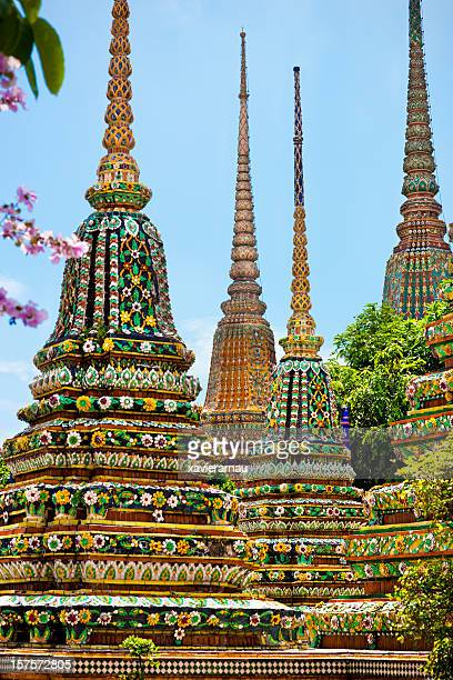 wat pho - wat pho stock pictures, royalty-free photos & images