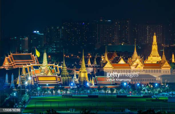 wat phra kaew, temple of the emerald buddha, bangkok, thailand - ceremony stock pictures, royalty-free photos & images