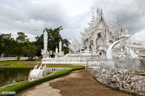 wat rong khun in chiang rai - gwengoat stock pictures, royalty-free photos & images