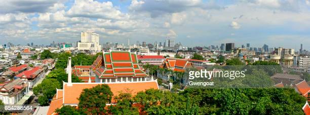 wat saket in bangkok - gwengoat stock pictures, royalty-free photos & images