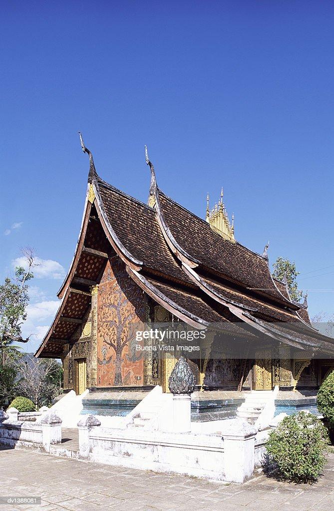 Wat Xieng Thong Temple, Luang Prabang, Laos : Stock Photo