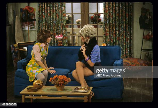 """Watch the Fur Fly"""" - Airdate: January 19, 1982. CINDY WILLIAMS;LESLIE EASTERBROOK"""