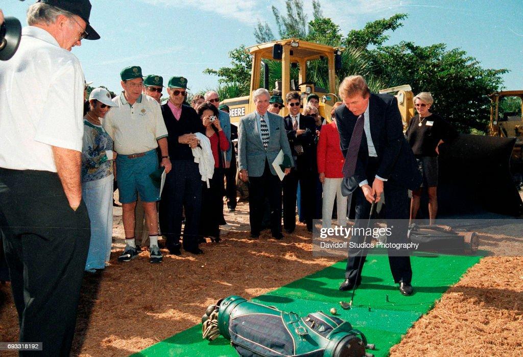 Donald Trump At Groundbreaking : News Photo