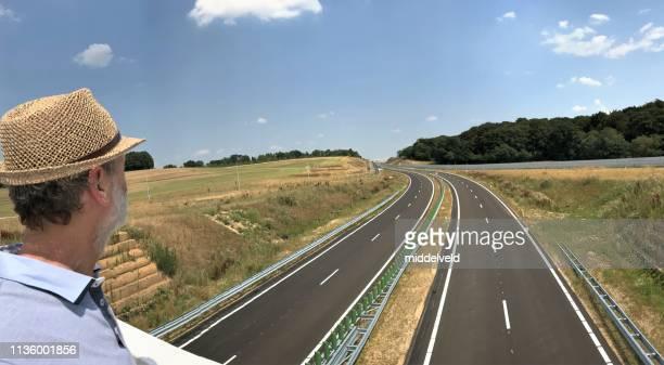 新しいハイウェイを見る - オランダ リンブルフ州 ストックフォトと画像