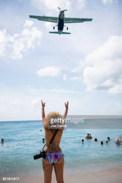 Je regarde les plans de St. Maarten Maho Beach