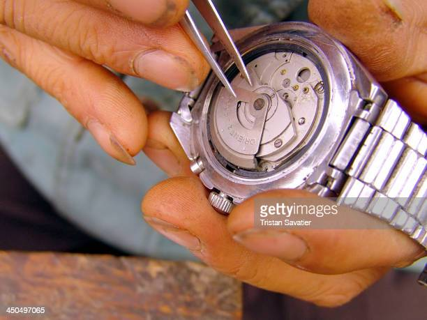 CONTENT] Watchmaker fixing an Orient automatic wristwatch at the market in Mèo Vac The Orient Automatic wristwatch seems to be very popular among...
