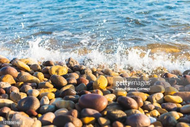 water and shingles - culebrilla fotografías e imágenes de stock