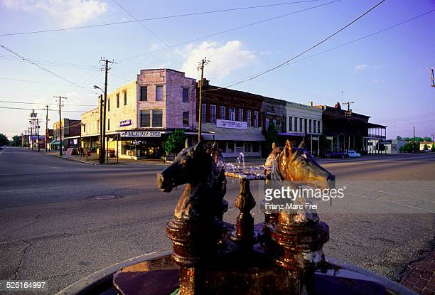 water avenue in downtown of selma - selma alabama stock pictures, royalty-free photos & images