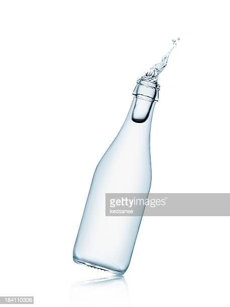 water bottle splashing - tilt stock pictures, royalty-free photos & images