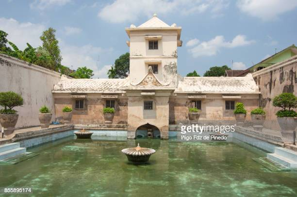 water castle (taman sari) - yogyakarta - java - indonesia - kraton stock pictures, royalty-free photos & images