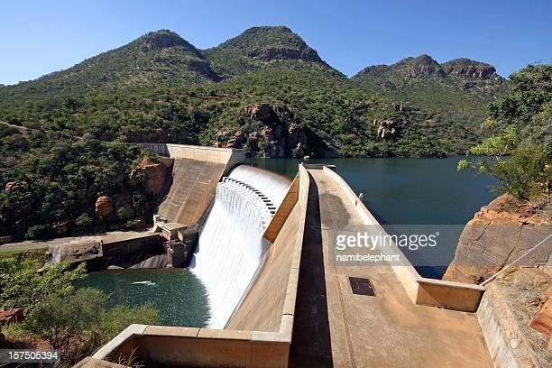 水ダムアフリカ - マプマランガ州 ストックフォトと画像