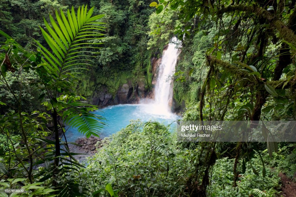 Water fall at the Rio Celeste, Tenorio National Park, Guanacaste, Costa Rica, Central America : Stock-Foto