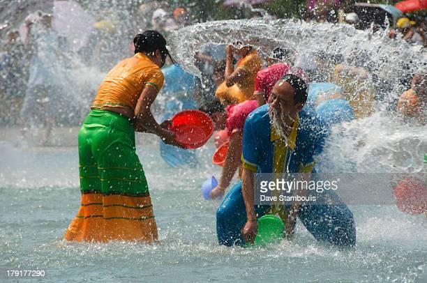 CONTENT] Water Festival New Year Jinghong Yunnan China