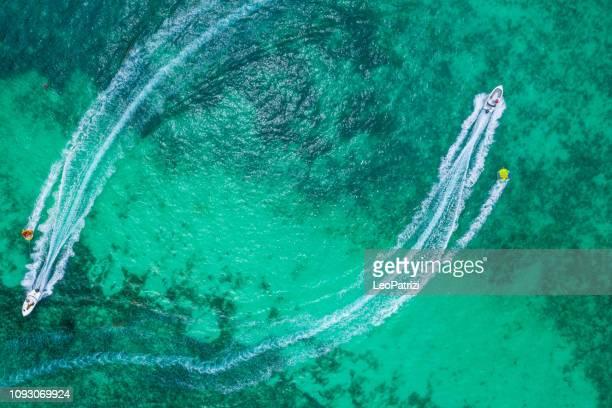 jeux d'eau à l'ile maurice - ile maurice photos et images de collection