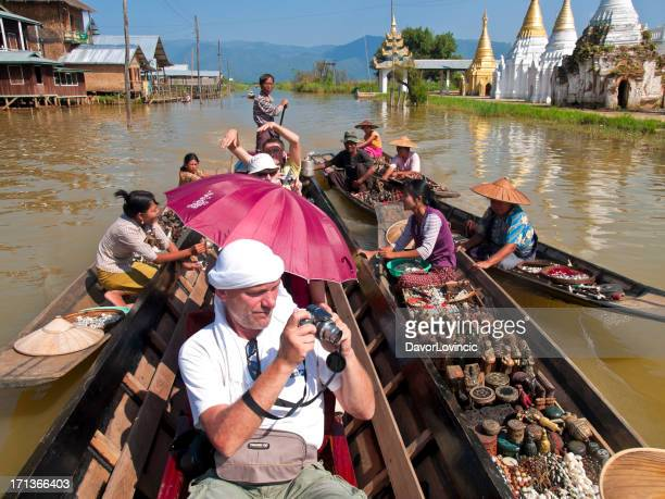water market - inle lake stock pictures, royalty-free photos & images