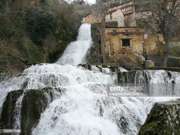 water mill - orbaneja del castillo photos et images de collection