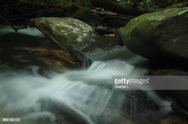water over the rocks at long creek.jpg - heather brooke ストックフォトと画像