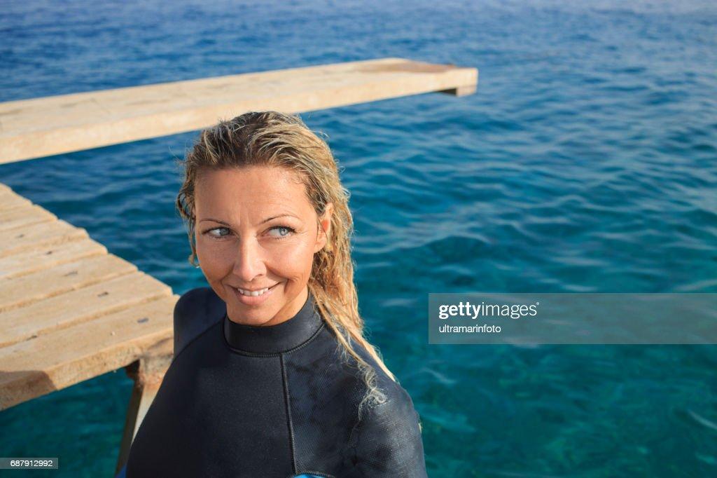 Water sports pretty scuba diver attractive vital mature - Porno dive mature ...