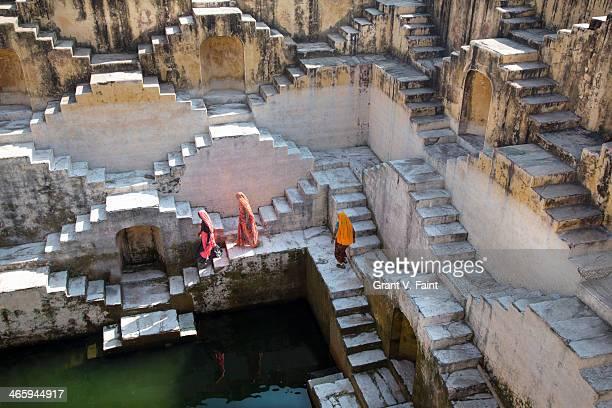 water step well. - amber fort stockfoto's en -beelden