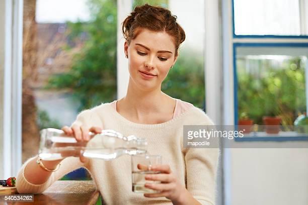 Wasser, die archetypische Durst löscher