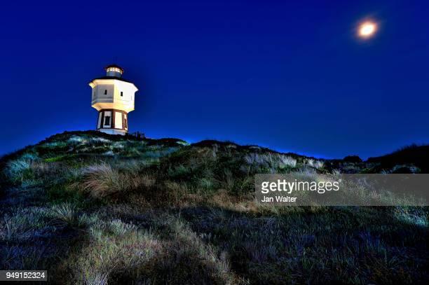 water tower at night, langeoog, east frisian islands, germany - insel langeoog stock-fotos und bilder
