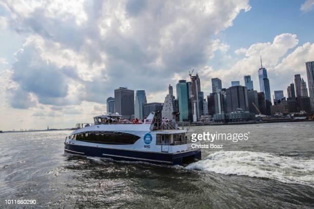 circulation de l'eau - ferry photos et images de collection