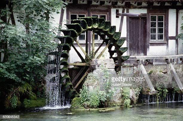 water wheel - mulino ad acqua foto e immagini stock