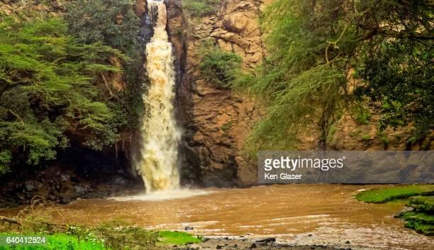 waterfall lake nakuru - lake nakuru - fotografias e filmes do acervo