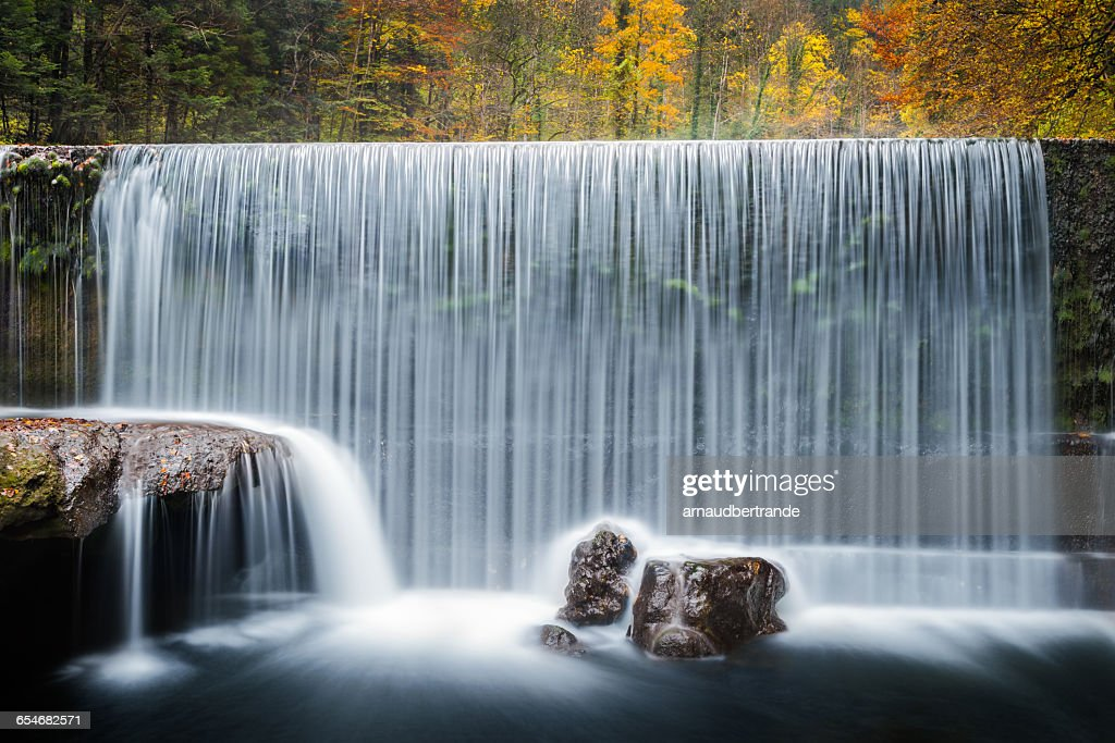 Waterfall, Les Gorges de l'Areuse, Switzerland : Stock-Foto