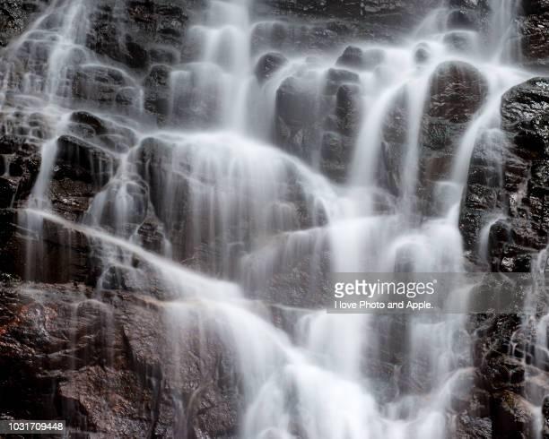 waterfall - 季節 ストックフォトと画像