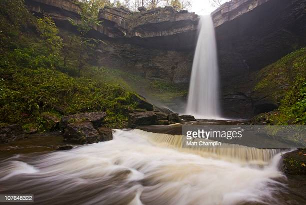 waterfall torrent - skaneateles lake stock pictures, royalty-free photos & images