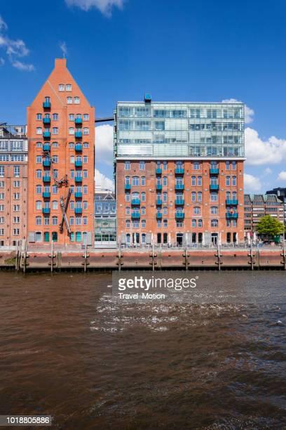 Waterkant architectuur in Hamburg, Duitsland